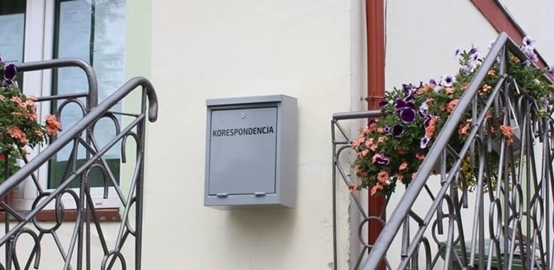 UWAGA - Skrzynka korespondencyjna na budynku Urzędu Gminy Kolno